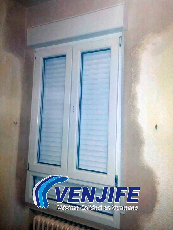 colocación ventana de PVC